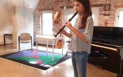 Leerling uit talentklas slaagt met lof voor blokfluitexamen!